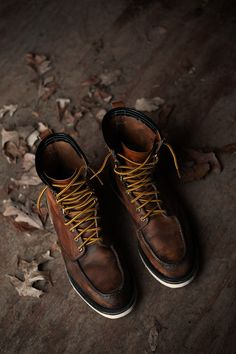 Irish Setter Boots #mensstyle #style #mensfashion #fashion Wear these with a dark pair of jeans, a heather gray t-shirt and a dark winter jacket for a perfect cold weather outfit
