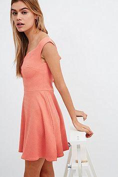 Minkpink Sweetheart Dress in Coral