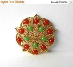 Your place to buy and sell all things handmade Vintage Brooches, Vintage Earrings, Vintage Jewelry, Coventry, Beaded Embroidery, Etsy Vintage, Brooch Pin, Cabochons, Unique Gifts
