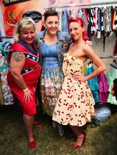 rockabilly summer festival girls.