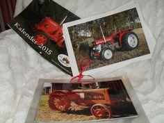 Laminoidut traktorikuvat vanhoista seinäkalentereista, pienelle Tuomo-pojalle joka on innostunut traktoreista.
