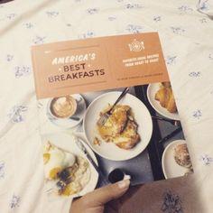 Nueva publicacion en el blog: reseña de este libro de cocina con los mejores desayunos de America.  #readingandliving #blog #nuevapublicacion #nuevaentrada #nuevaentradaenelblog #blogpost #Reseña #review