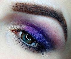 VINTAGE ROMANCE - SLEEK https://www.makeupbee.com/look.php?look_id=94358