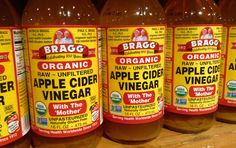 Heb jij de vele voordelen van appelazijn (ook wel appelcider azijn genoemd) al ontdekt? Het klinkt misschien wat raar, maar appelazijn is een van mijn favoriete keuken must-haves. Appel cider azijn bevat erg veel voedingsstoffen, waaronder bio-flavonoïden, calcium, fosfor, ijzer, kalium, magnesium en vitamine A, B, C en E. Je kunt het op zoveel verschillende …