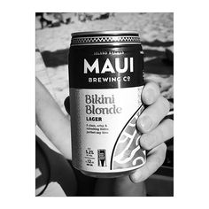 2017 is almost over. and what a crazy year it has been. cheers to 2018! wishing everybody a healthy and happy start #aloha #beachtime #maui #hawaii #islandbrewed #bikiniblonde #mykindofbeer