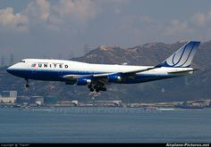 My Favorite Plane Ever - United 747 Loved working as Chief Purser Flying First Class, Blue Tulips, Boeing Aircraft, Airline Flights, Commercial Aircraft, United Airlines, Flight Attendant, Spacecraft, Airplane