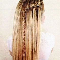 2015 Side Braid Hairstyles We continue to share the newest and most trendy hairstyles. Side Braid Hairstyles, Trendy Hairstyles, Straight Hairstyles, Teenage Hairstyles, Updo Hairstyle, Hair Color Highlights, Hair Colour, Homecoming Hairstyles, Wedding Hairstyles