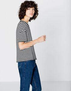 STRIPED T-SHIRT - T-SHIRTS - WOMAN - PULL&BEAR United Kingdom