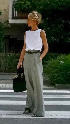 60 Fashion, Fashion Over 40, Work Fashion, Fashion Looks, Fashion Outfits, Womens Fashion, Mode Outfits, Spring Outfits, Casual Outfits