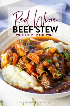 The is the BEST slow cooker beef stew recipe. Made with homemade red wine, this stew is rich and so tasty. Instant Pot and pressure cooker options are made available too for a fast and easy dinner idea. Best Slow Cooker, Slow Cooker Beef, Slow Cooker Recipes, Crockpot Meals, Healthy Soup Recipes, Easy Dinner Recipes, Dinner Ideas, Dinner Menu, Appetizer Recipes