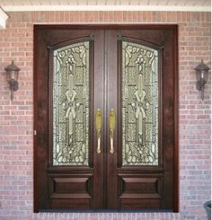 The Old World Door collection at Doors by Decora are designed and crafted with solid wood panels, leaded glass inserts or stained glass artwork. Double Front Entry Doors, Double Doors Exterior, Glass Front Door, Glass Doors, Leaded Glass, Beveled Glass, Home Door Design, Traditional Doors, Antique Doors