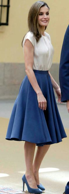 Queen Letizia - Fresh blue and white 1950's style.