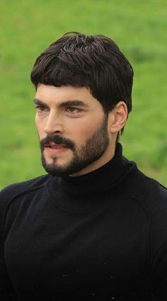 Actors Male, Love Quotes For Him, Turkish Actors, Handsome Boys, Bad Boys, Character Inspiration, Acting, Film, Burak Ozcivit