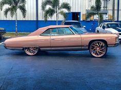 Custom Paint Jobs, Custom Cars, Donk Cars, Chevrolet Caprice, Rims And Tires, Old School Cars, Chevrolet Impala, Dream Garage, Luxury Cars