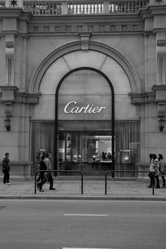 8e90cb39f Weekend escape, Cartier shopping..~ Law and Fashion -Criminal Intent-  Arquitetura