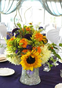centerpieces with sunflowers - Google Search