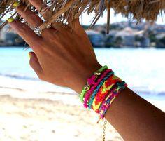 Bright Neon Friendship Bracelet. van makunaima op Etsy