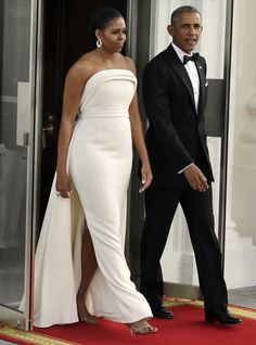 Michelle Obama wears gown by Brandon Maxwell, Gaga stylist Michelle Obama Fashion, Michelle And Barack Obama, African Inspired Fashion, African Fashion, Streetwear, Barack Obama Family, Barrack Obama, Black Royalty, First Black President