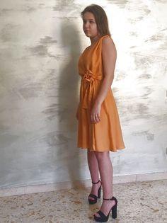 Sono felice di condividere l'ultimo arrivato nel mio negozio #etsy: Abito da ceremonia / Abito di seta / Abito arancione / Abito da damigella https://etsy.me/2HC8SaG