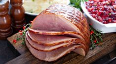 Whether you choose to use the oven or a crock pot, the best way to cook a spiral ham without drying it out is to warm it gently with moist heat. Use the enclosed glaze packet or mix your own glaze recipe for a delicious ham dinner. Rum Glaze Recipe, Ham Glaze, Cooking Spiral Ham, Ham In The Oven, Honey Mustard Glaze, Mustard Recipe, Maple Glazed Ham, Whole Ham, Fresh Ham