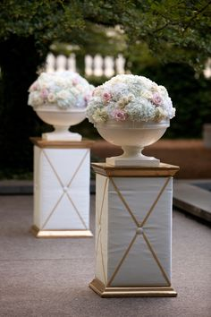 Soft and Delicate Photography: Amanda Sudimack / Artisan Events - www.artisanevents.com www.kehoedesigns.com