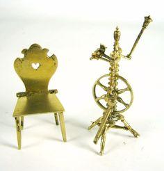 Miniatur Stuhl & Spinnrad aus 800er Silber vergoldet für Puppenstube Silver…