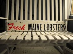 Vintage-Style FRESH MAINE LOBSTERS Sign