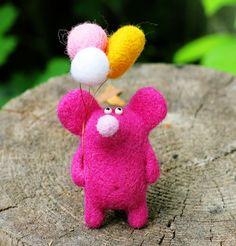 Купить С Днем Рождения! (игрушка из шерсти, мышь) - фуксия, мышь игрушка, мышь валяная