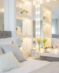 This is a Bedroom Interior Design Ideas. House is a private bedroom and is usually hidden from our guests. However, it is important to her, not only for comfort but also style. Much of our bedroom … Room, Home Bedroom, Bedroom Interior, Luxurious Bedrooms, Home Decor, Stylish Bedroom, Stylish Bedroom Design, Interior Design, Dream Rooms