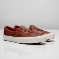 Vans TH Nomad Slip-On LX Streetwear Online ea1db56e6f475