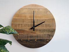 Horloge murale rustique gradient, grande horloge murale, horloge en bois patiné, Home Decor, Decor bois récupéré, prêt à expédier, idée cadeau