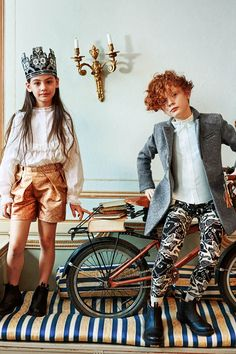 Discover H&M Studio A/W 2016 for kids and feel the wonderland vibes in flounce dresses, pinstripe suits, ditsy prints and magical accessories. | H&M Studio