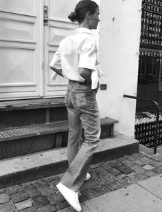 Wanted : un jean flare bien coupé et sans élasthane (photo Sophia Roe)