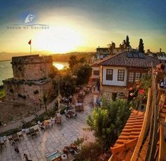 Antalya Old Town – 2020 World Travel Populler Travel Country Turkey Destinations, Places To Travel, Places To Visit, Turkey Country, Turkey Holidays, Holiday Places, Historical Sites, Holiday Travel, Beautiful Beaches