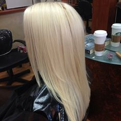 #schwarzkopf blonde perfection, she's a natural level 8. We also did the new Brazilian Blowout Split end repair! #nova #northernva #hairsalon #blonde #blondeperfection #iloveblondes #roysalon #platinumblonde #brazilianblowout #brazilianblowoutsplitendrepair