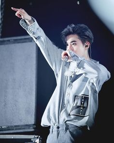 His outfit was just ahadhaja  It's him. Our charismatic leader <3 -- || #exo…