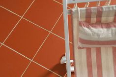 Quarry Red Tiles. These tiles in a matt finish and are available with both a flat or textured surface with all the necessary fittings. Perfect for floors, extremely hard wearing and are suitable for all domestic and commercial applications, in both internal and external situations. Stone Flooring, Kitchen Flooring, Quarry Tiles, Red Tiles, Floors, Tile Floor, Entrance Hall, Nest, Commercial