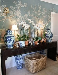 Chinoiserie + blue & white + orchids