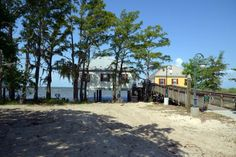 11 Amazing Places To Stay Overnight in Louisiana Without Breaking the Bank