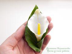 Brooch Calla Lily Hair clip Polymer Clay por SaisonRomantique
