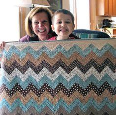 Carolyn's Chevron Quilt—Free Pattern | Quilty Pleasures Blog | Bloglovin'