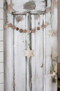 nl Made by Loren. Natural Christmas, Coastal Christmas, Christmas Mood, Holiday Tree, Christmas 2016, Country Christmas, All Things Christmas, White Christmas, Christmas Crafts