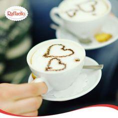 #coffeepainting/  Uczucie można wyrazić na wiele sposobów ;-)   #kawa #serce #miłość #inspiracja