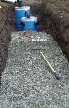 How to Construct a Small Septic System Diy Septic System, Septic Tank Systems, Small Septic Tank, Septic Tank Design, Alternative Energie, Home Projects, Projects To Try, Composting Toilet, Construction