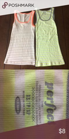 """FLASH sale! Old navy """"perfect"""" tank bundle Two woman's size xs old navy """"perfect"""" tanks. Light wear. Lowest clearance. Offers will not be accepted. Bundle discount still applies. Old Navy Tops Tank Tops"""