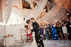 Atrium at the Curtis Center Wedding | Sara + Luke » Jennifer Childress Photography