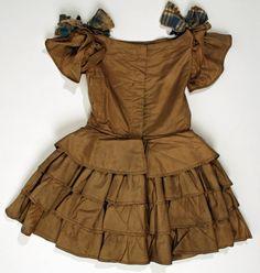 1853 American silk dress