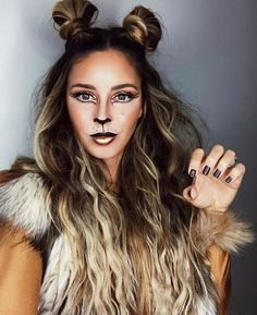 Wahnsinnige und doch hübsche Halloween-Make-up-Ideen – New Ideas # Pretty 30 Insane Yet Pretty Halloween Makeup Ideas 30 Mad and do Fröhliches Halloween, Creepy Halloween Makeup, Halloween Season, Halloween College, Animal Halloween Costumes, Outdoor Halloween, Simple Halloween Makeup, Party Animal Costume, Leopard Halloween Makeup