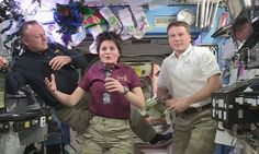Video: Christmas Greetings From The ISS