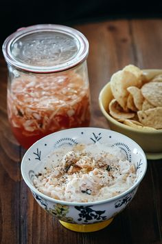 Kefir Kraut Dip Healthy Foods, Healthy Recipes, Whats For Lunch, Cracked Pepper, Toasted Sesame Seeds, Fermented Foods, Sauerkraut, Kefir, Food Dishes